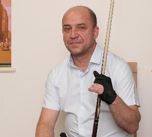 Yaloviy Yuríy